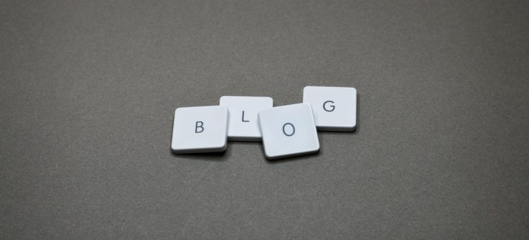"""block letters spelling the word """"blog"""""""
